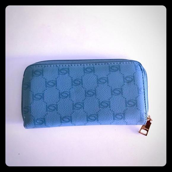 bebe Handbags - Blue Bebe Honeycomb Logo Wallet